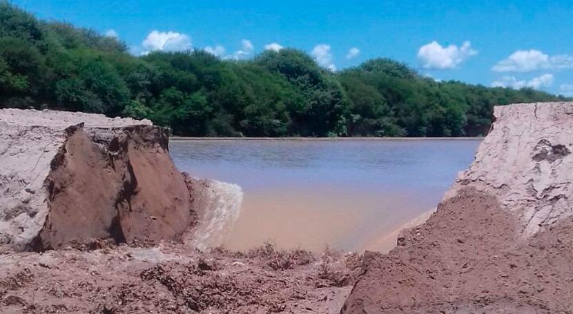 Se abre muro río Pilcomayo evitar acumulación sedimentos zona obras