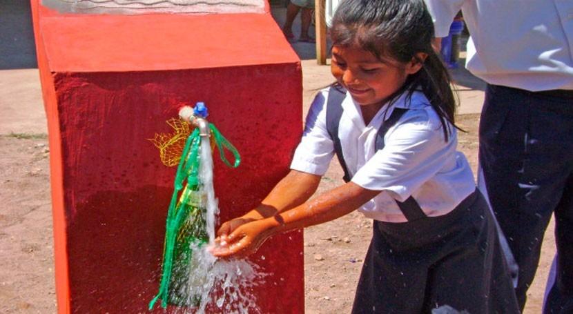 Bolivia lleva agua potable 66.776 familias departamento Santa Cruz