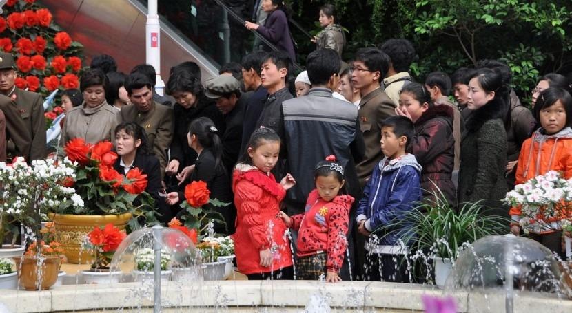 Niños en Corea del Norte (Wikipedia/CC).