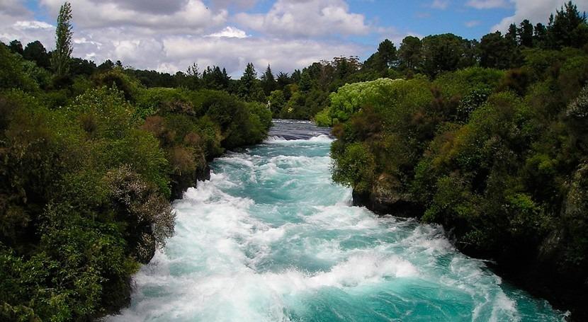paso Debbie Nueva Zelanda obliga evacuar localidad al desbordarse río