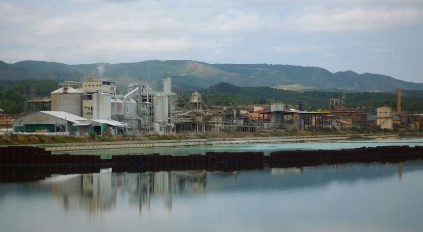 Cataluña exige auditoría externa fase final descontaminación pantano Flix