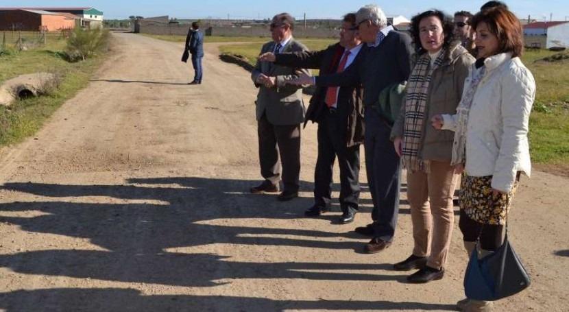 2015 Gobierno extremeño acometerá 49 obras mejora red aguas pequeños municipios