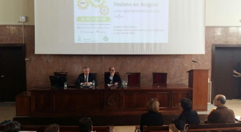 Aragón acerca problemática contaminación lindano universitarios