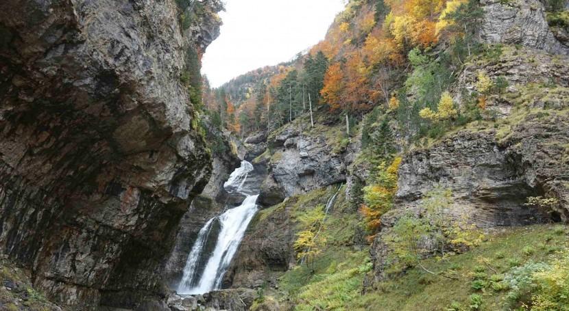 """CHE organiza jornada """"Reserva Natural Fluvial Río Ara y Arazas"""" 2608"""