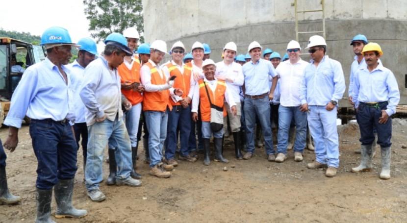 Colombia destina 250 millones dólares proyectos hídricos Pacífico