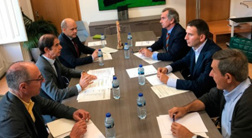 CHMS y colegios profesionales se reúnen marco Pacto Nacional Agua