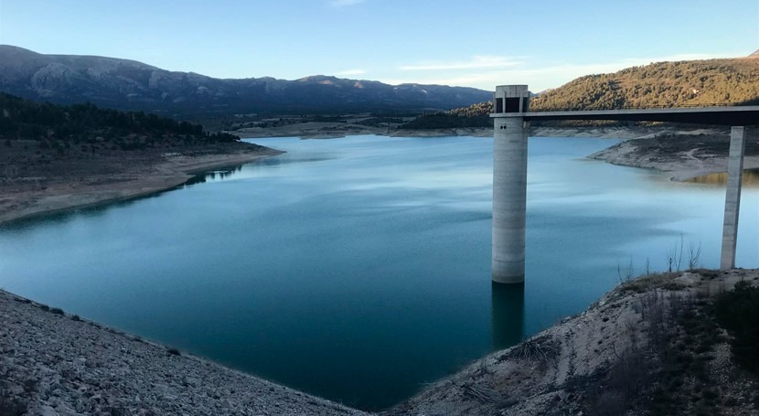 CHG licita 2,6 millones euros obras impermeabilizar embalse San Clemente