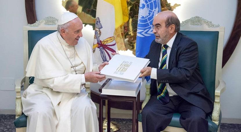 Papa Francisco urge afrontar cambio climático y conflictos