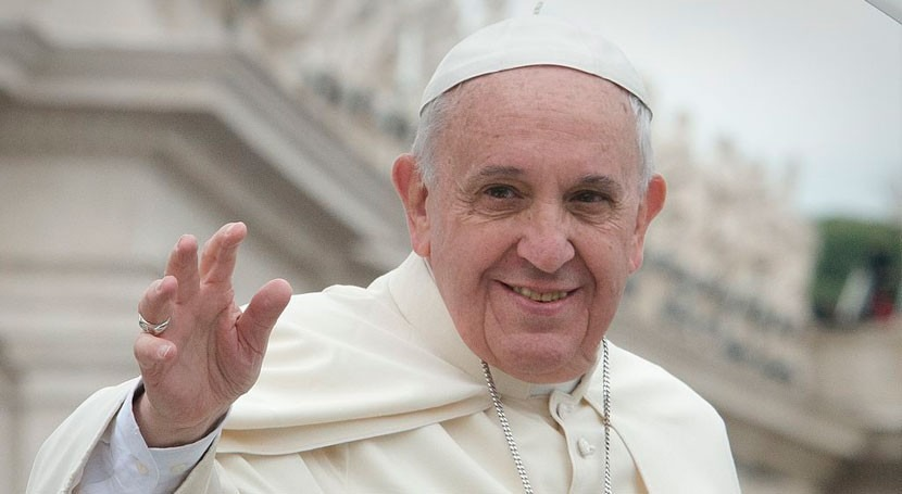 Papa pide poner fin al deterioro medio ambiente marco visita Perú