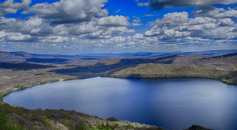 Resultado de imagen de lago de sanabria zamora