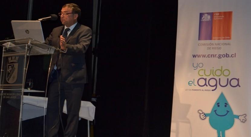 Patricio Grez Marchat durante su intervención