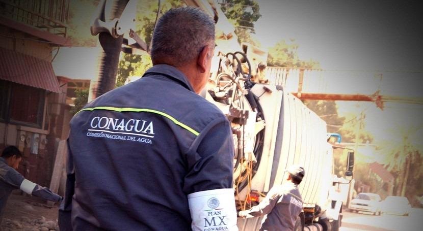 trabajador hidráulico, al servicio México