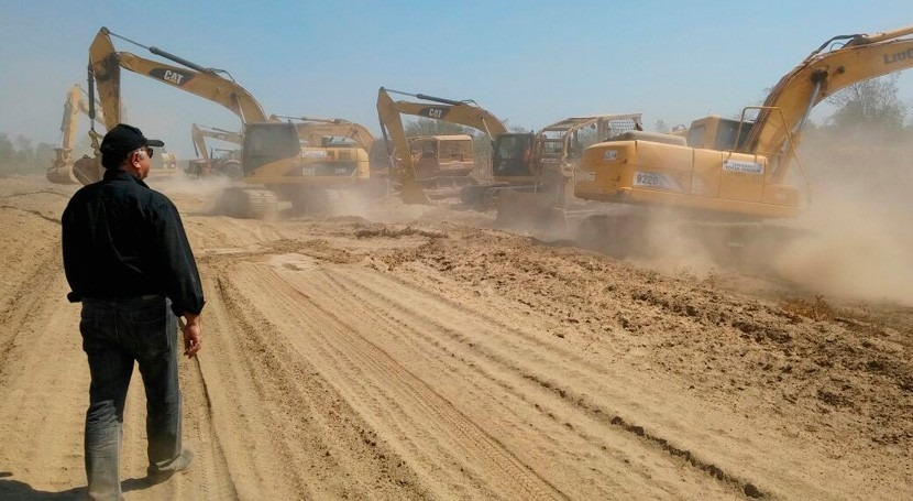 Arrancan trabajos excavación canal río Pilcomayo