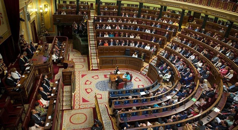 Oposición reprocha al PP supuesta corrupción Canal Isabel II
