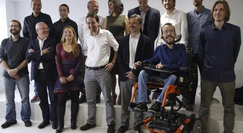 El equipo de Podemos Aragón, con Pablo Iglesias (Imagen: Podemos Aragón)