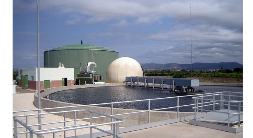 Producir disolventes biodegradables residuos efluentes industriales capturar CO2