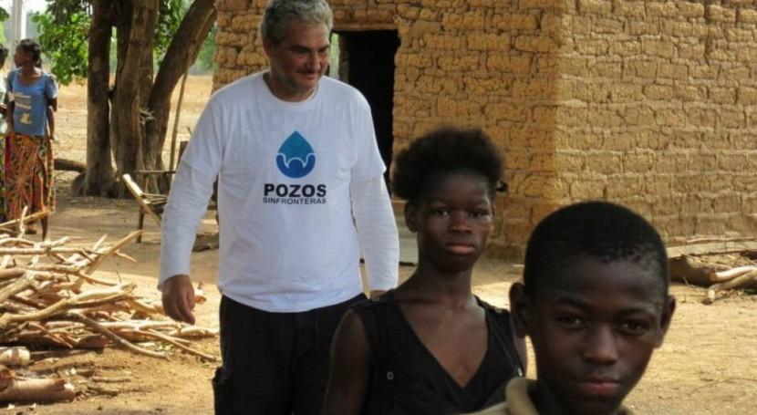 Dos cooperantes Pozos Fronteras viajan Burkina Fas