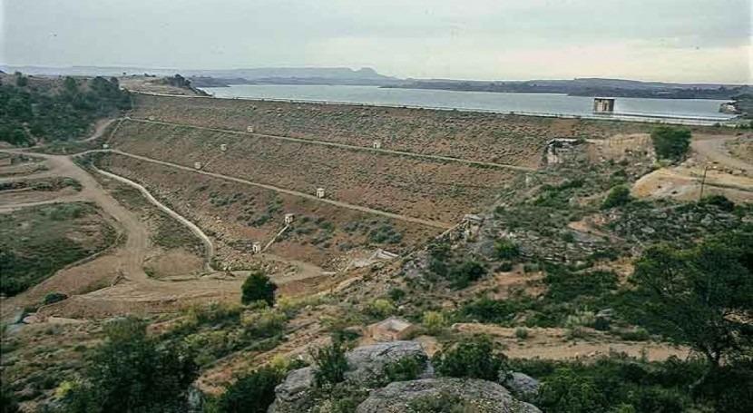 Trabajos impermeabilización y conservación presa Caspe