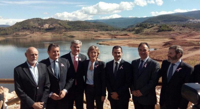 """Tejerina: """"Poder administrar reservas agua épocas sequía es garantía crecimiento"""""""