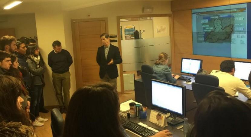 Alumnos Universidad Vigo conocen Centro Control Cuenca CHMS