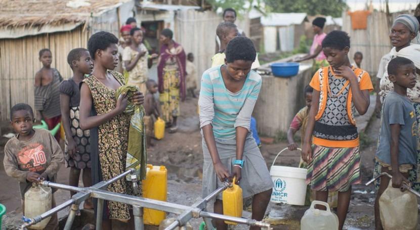 Más 2.000 millones personas no tienen acceso agua potable ni saneamiento básico
