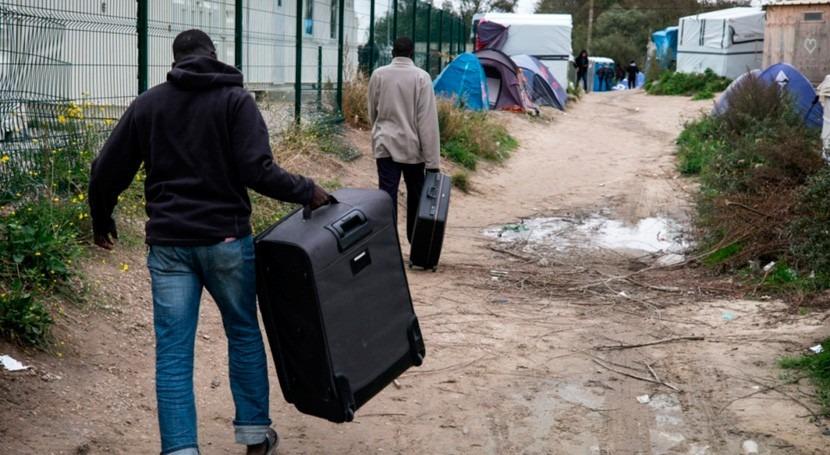 Expertos instan Francia proporcionar agua y saneamiento migrantes Jungla Calais