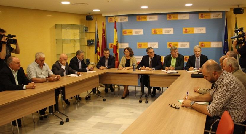 Consejo Dirección CHS se reúne regantes tradicionales cuenca