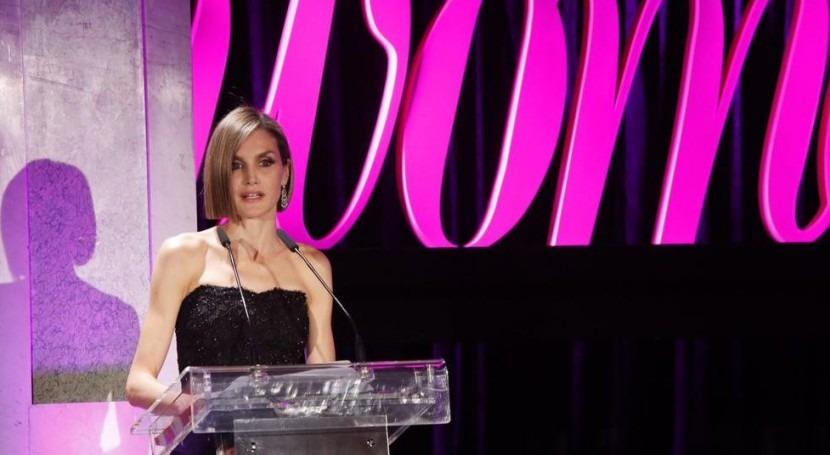 La Reina Letizia en la entrega de los Premios Woman