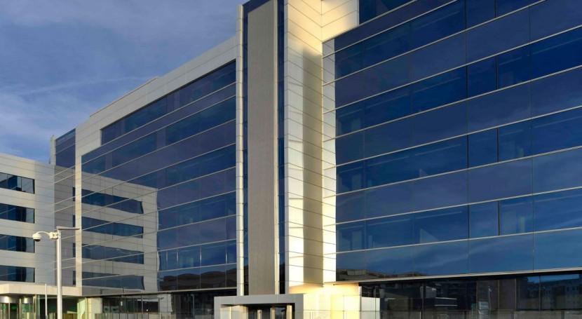 FCC descarta recuperar dividendo este año y espera cerrar venta Aqualia verano