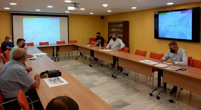 CHS y SCRATS se reúnen hablar proyecto interconexión desaladoras