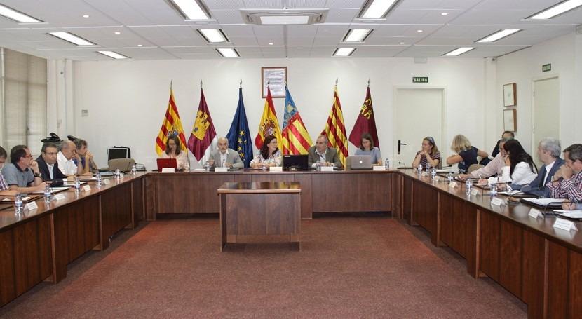 Confederación Júcar debate modificación normativa reutilización agua