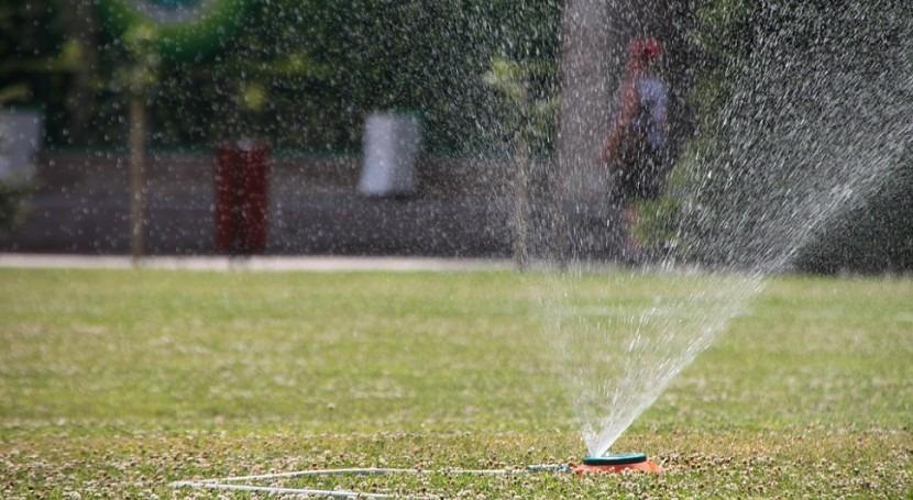 España reutiliza 300 hectómetros cúbicos agua depurada al año, cuarta parte lo previsto