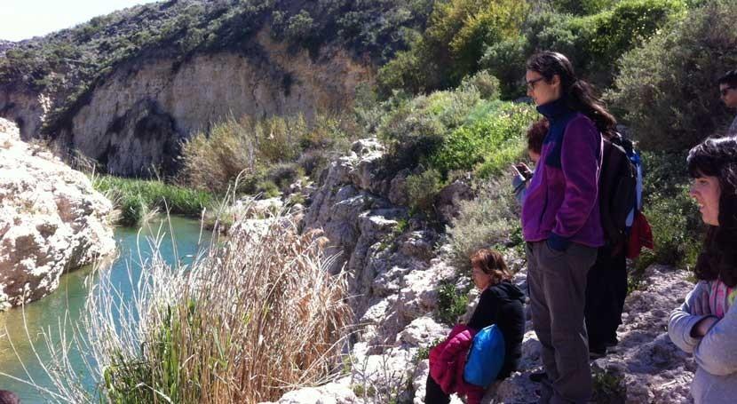 Andalucía organiza actividades voluntariado ambiental río Aguas