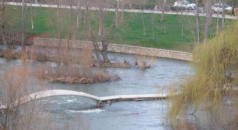 Pamplona eleva nivel alerta Emergencia 1 riesgo avenida río Arga