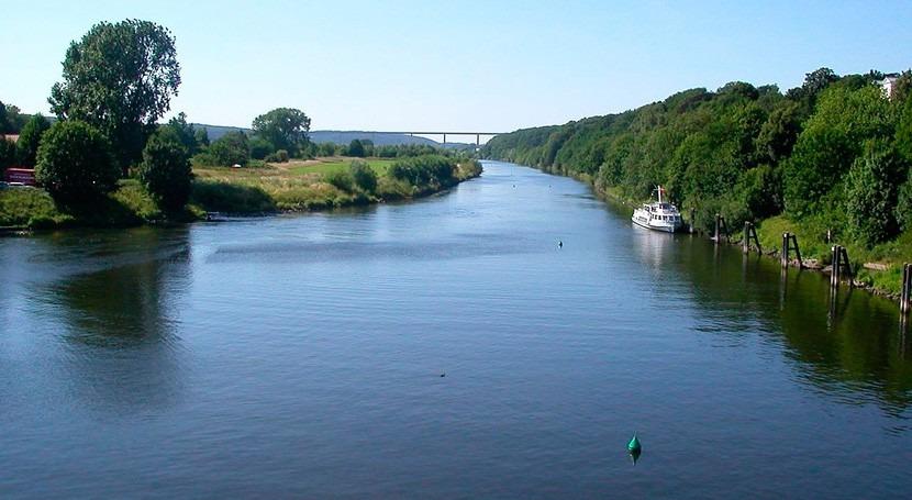 Essen abre primera zona nado río Ruhr, antiguo río industrial Europa