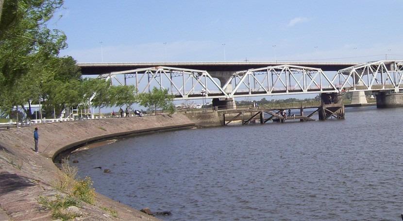 nueva presa río Santa Lucía beneficiará 2 millones habitantes Uruguay