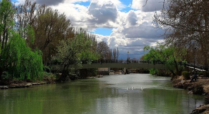 ¿Qué pasa si al río Tajo llegan 5 m3s más agua limpia procedentes cabecera?