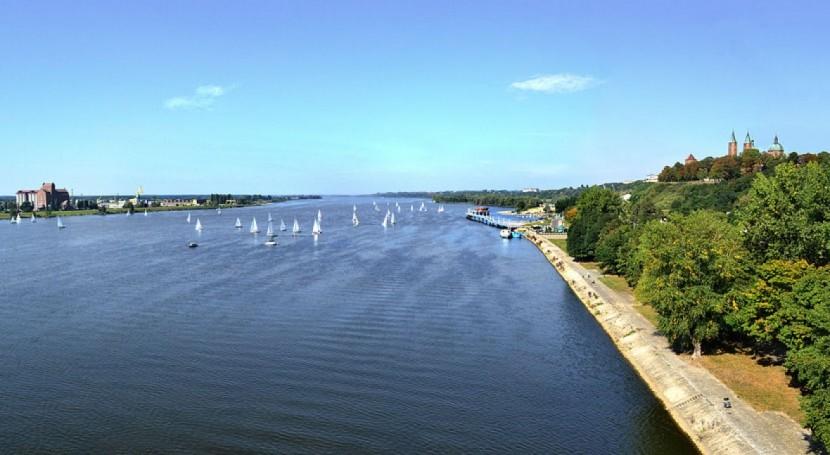 fallo planta aguas residuales Varsovia contamina río Vístula