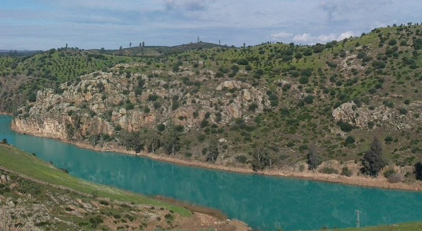 regantes Condado rechazan llegada aguas embalse Agrio propuesta CHG