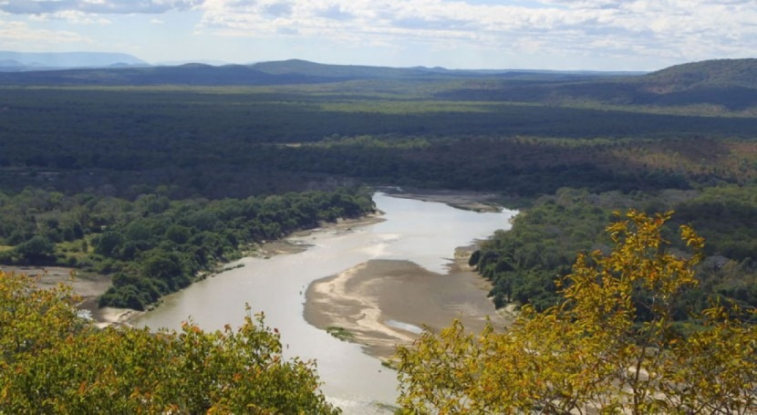 Gobierno Zambia abandona plan construir presa río Luangwa