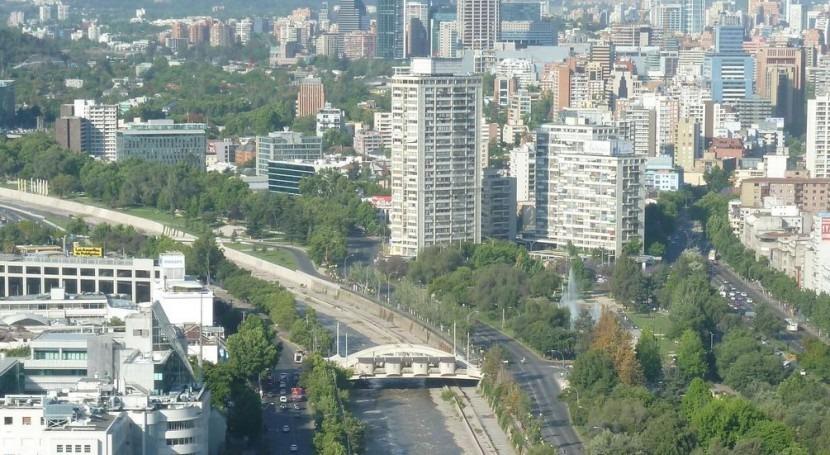 Río Mapocho en Santiago de Chile (Wikipedia/CC).