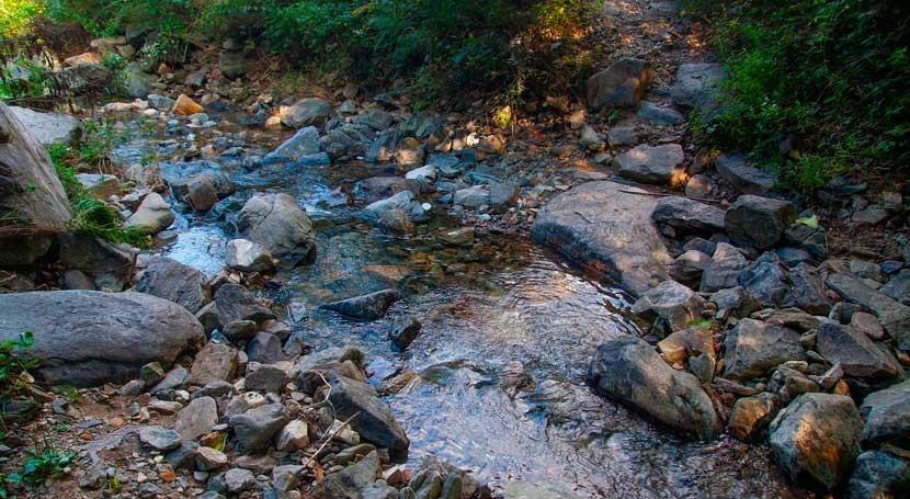 contaminación humana ríos provoca peligrosos cócteles químicos