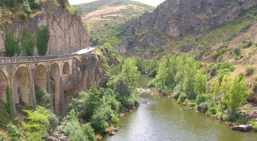 CHMS, espera ejecutar senda fluvial Sil
