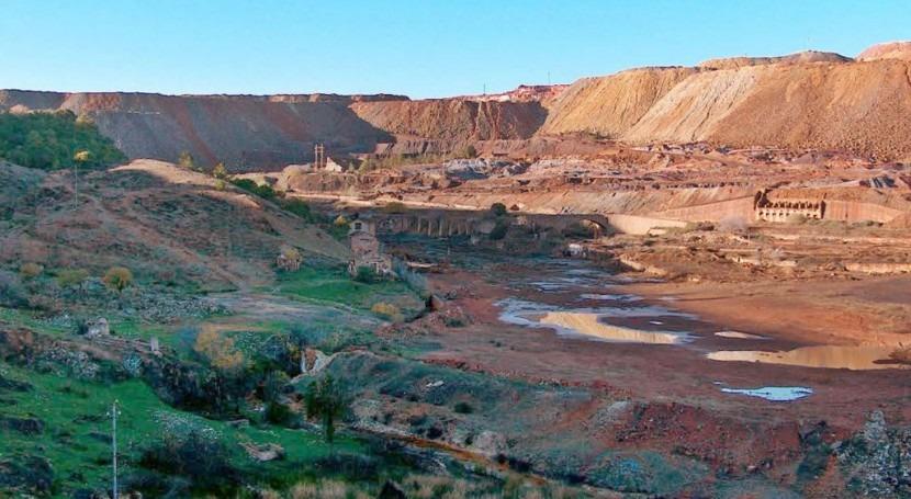 Ecologistas Acción pide al Gobierno andaluz plan saneamiento cuenca río Tinto