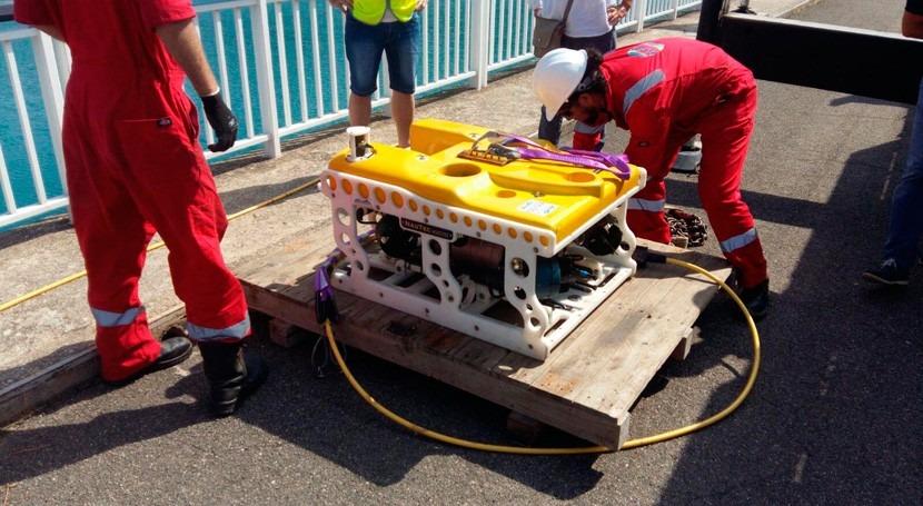 robot inspecciona desagües fondo embalse Grado Huesca