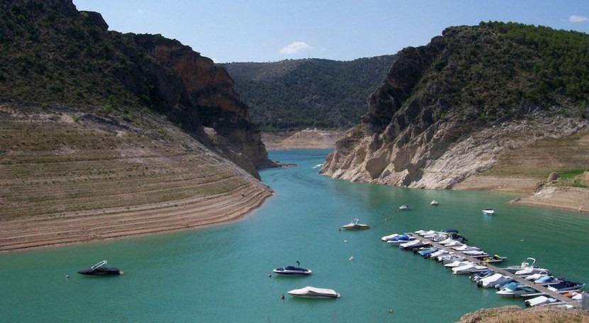 reserva hidráulica española pierde 93 hectómetros cúbicos esta semana