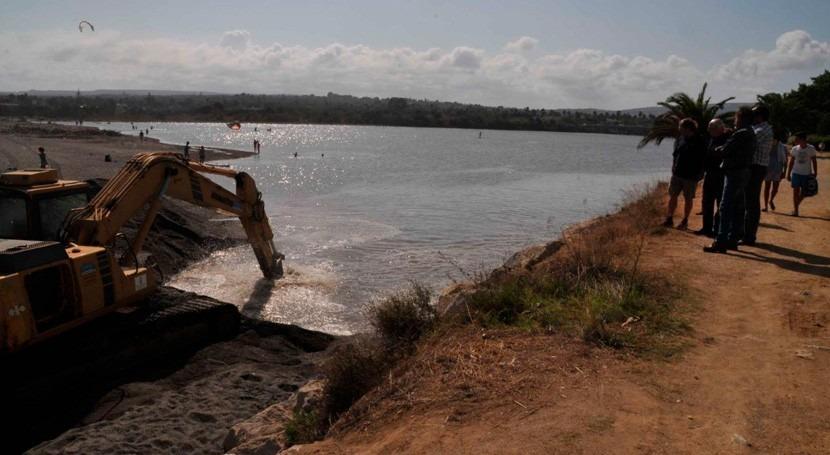 San Roque abre bocana río Guadiaro riesgo mortandad peces