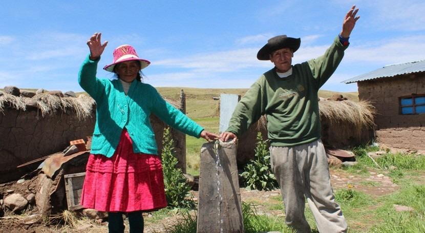Más 1 millón peruanos se beneficiaron obras agua potable y alcantarillado 2017