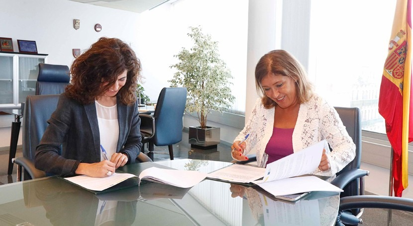 Galicia y Oia acuerdan mejorar red saneamiento Mariñas
