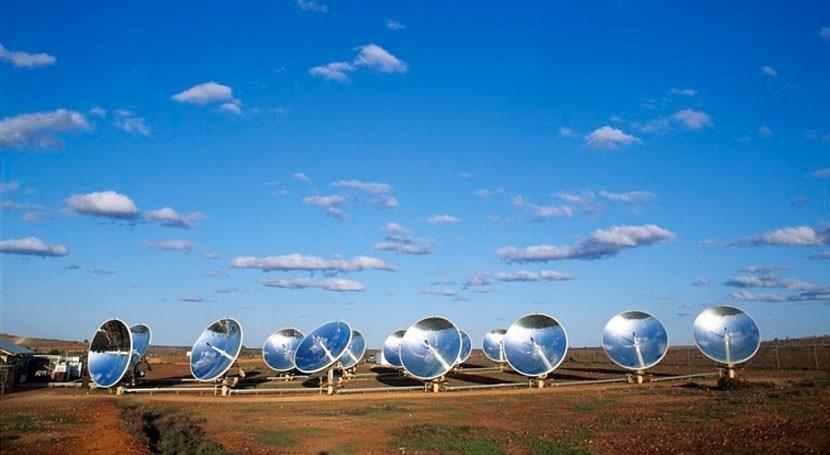 ¿Se puede calibrar modelo vegetación través información proporcionada satélites?